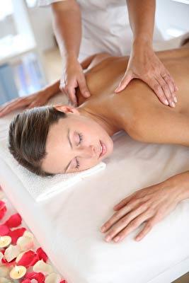 Entspannt durch Ayurvedische Ganzkörper Massage